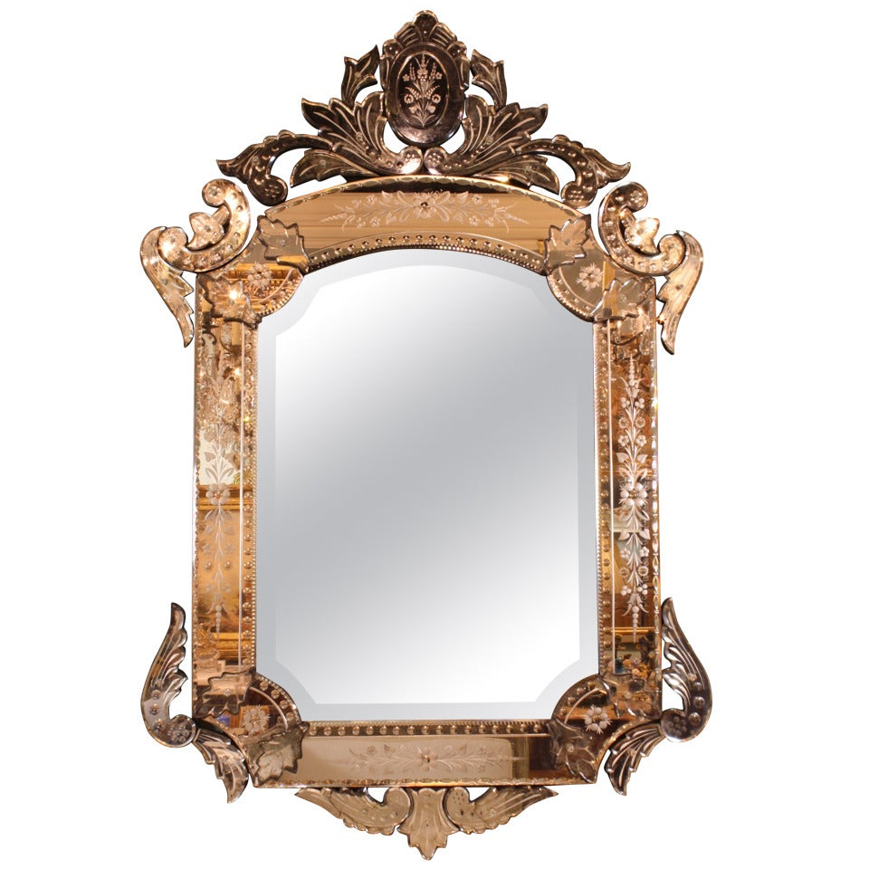 Ornate venetian rococo mirror for sale at 1stdibs for Mirrors for sale