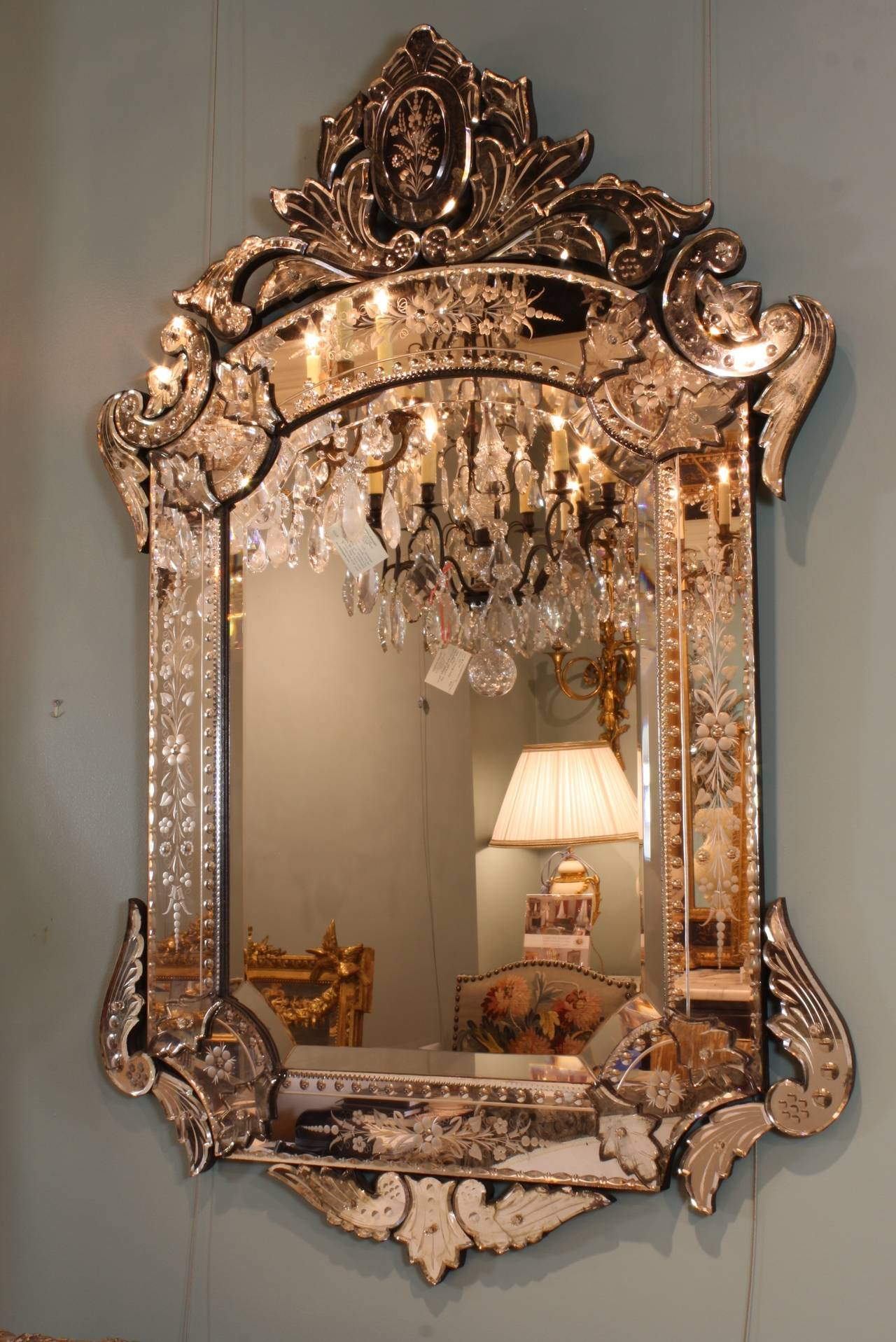 Ornate Venetian Rococo Mirror For Sale 4