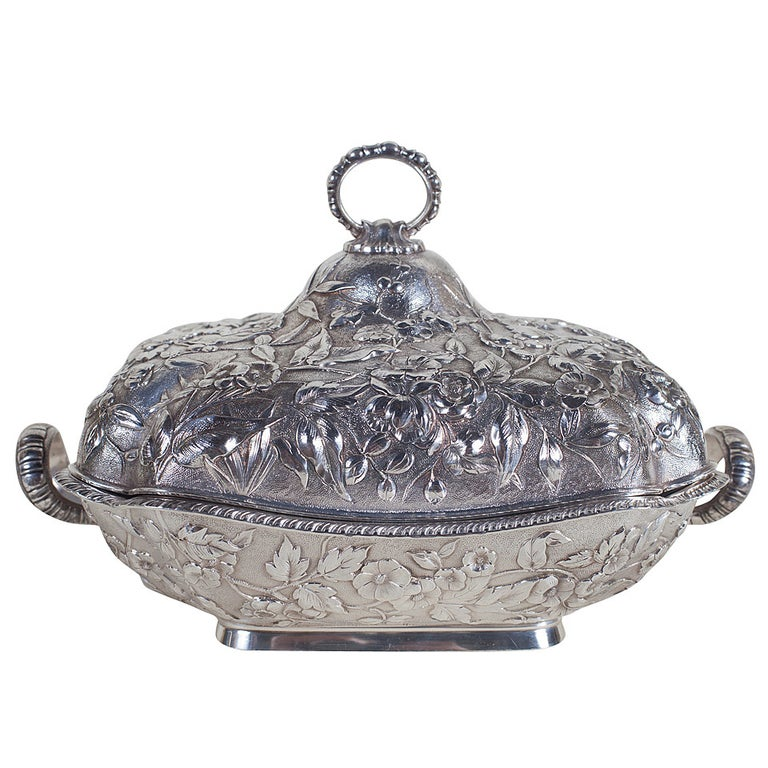 Sterling Silver Repoussé Covered Serving Dish by Theodore B. Starr, New York For Sale