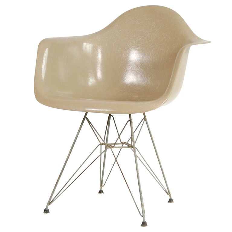 Charles eames zenith dar chair at 1stdibs - Fauteuil eames original ...