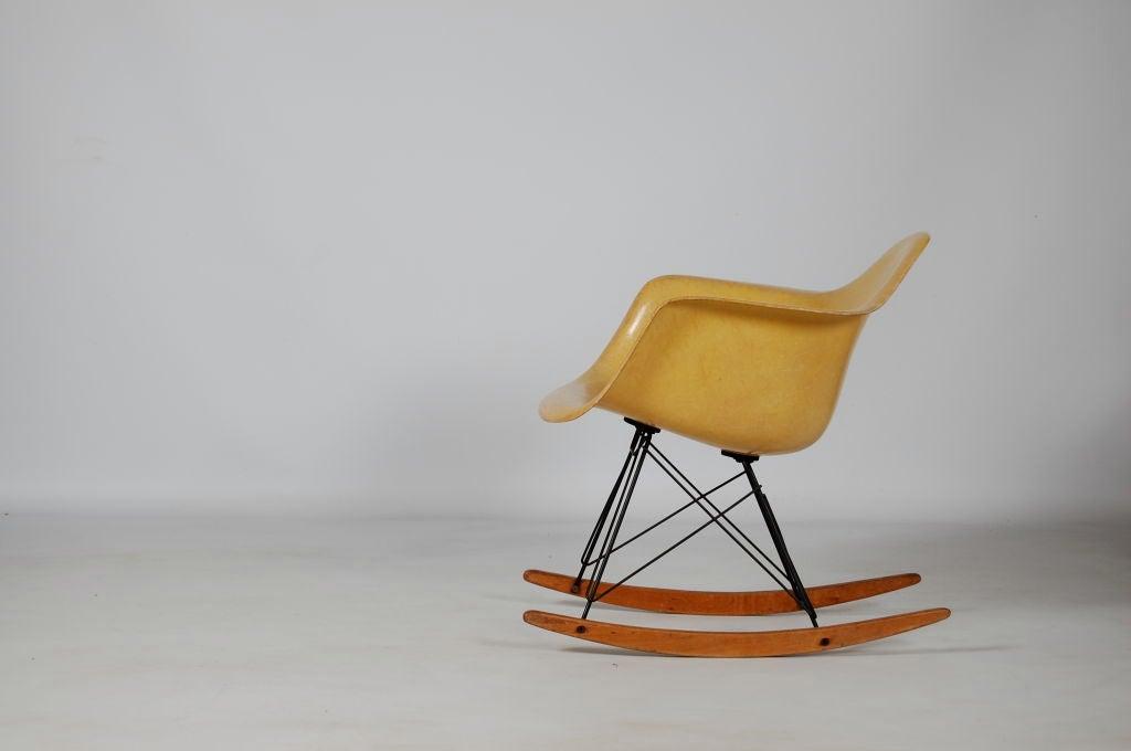 Charles eames zenith rar rocking chair at 1stdibs - Rocking chair charles eames ...