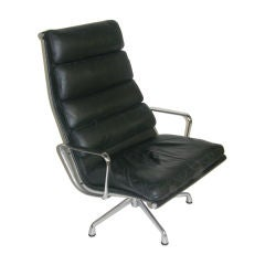 CHARLES EAMES Soft Pad Lounge Chair