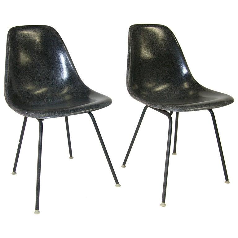 Charles Eames Fiberglass Side Chairs Herman Miller At 1stdibs