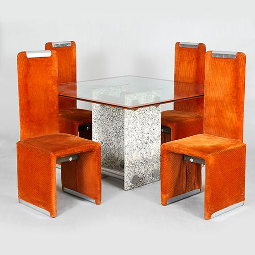 Dining Table and Four Chairs by Saporiti , Italy, circa 1970s In Fair Condition For Sale In London, GB