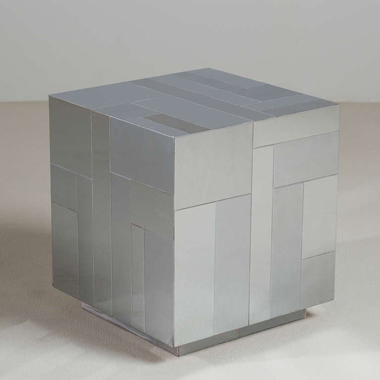 A Paul Evans Style Chrome Cube Side Table 1980s In Excellent Condition For Sale In London, GB