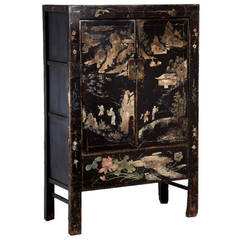 Early 19th Century Two-Door Lacquered Chinese Cabinet