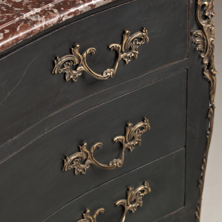 French Provincial Oak Commode, circa 1760 For Sale 1