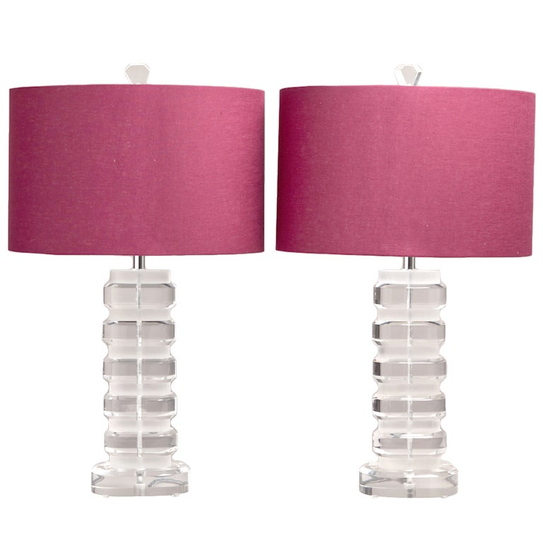 A Pair of Oval Stacked Clear and Frosted Lucite Lamps 1970s at 1stdibs