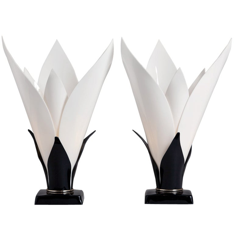 A Pair of Tulip Shaped Acrylic Table Lamps by Rougier 1970s 1