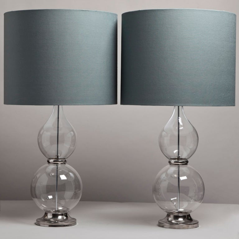 superb oversized pair of clear glass table lamps at 1stdibs. Black Bedroom Furniture Sets. Home Design Ideas