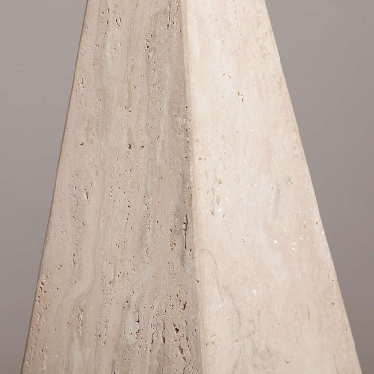 Pair of Marble Obelisk Sculptures, 1980s In Fair Condition For Sale In London, GB