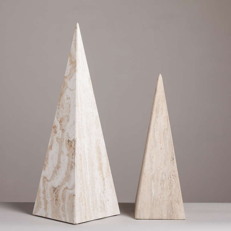 Pair of Marble Obelisk Sculptures, 1980s For Sale 1