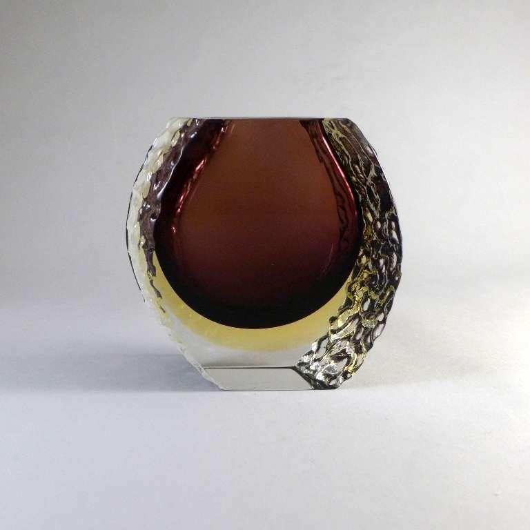 Italian Mandruzzato Murano Sommerso Glass Vase For Sale
