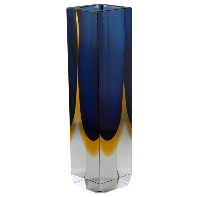a large square murano sommerso glass vase with a blue and go