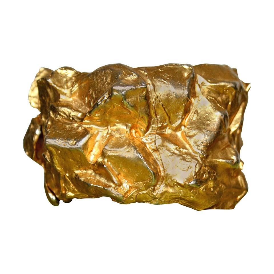 Rare Vintage Mary McFadden Runway Hammered Gold Jumbo Cuff Bracelet Signed For Sale