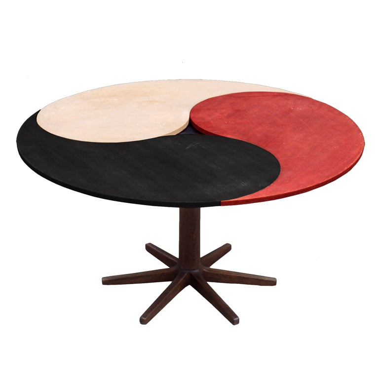 Yin yang table at 1stdibs for Table yin yang