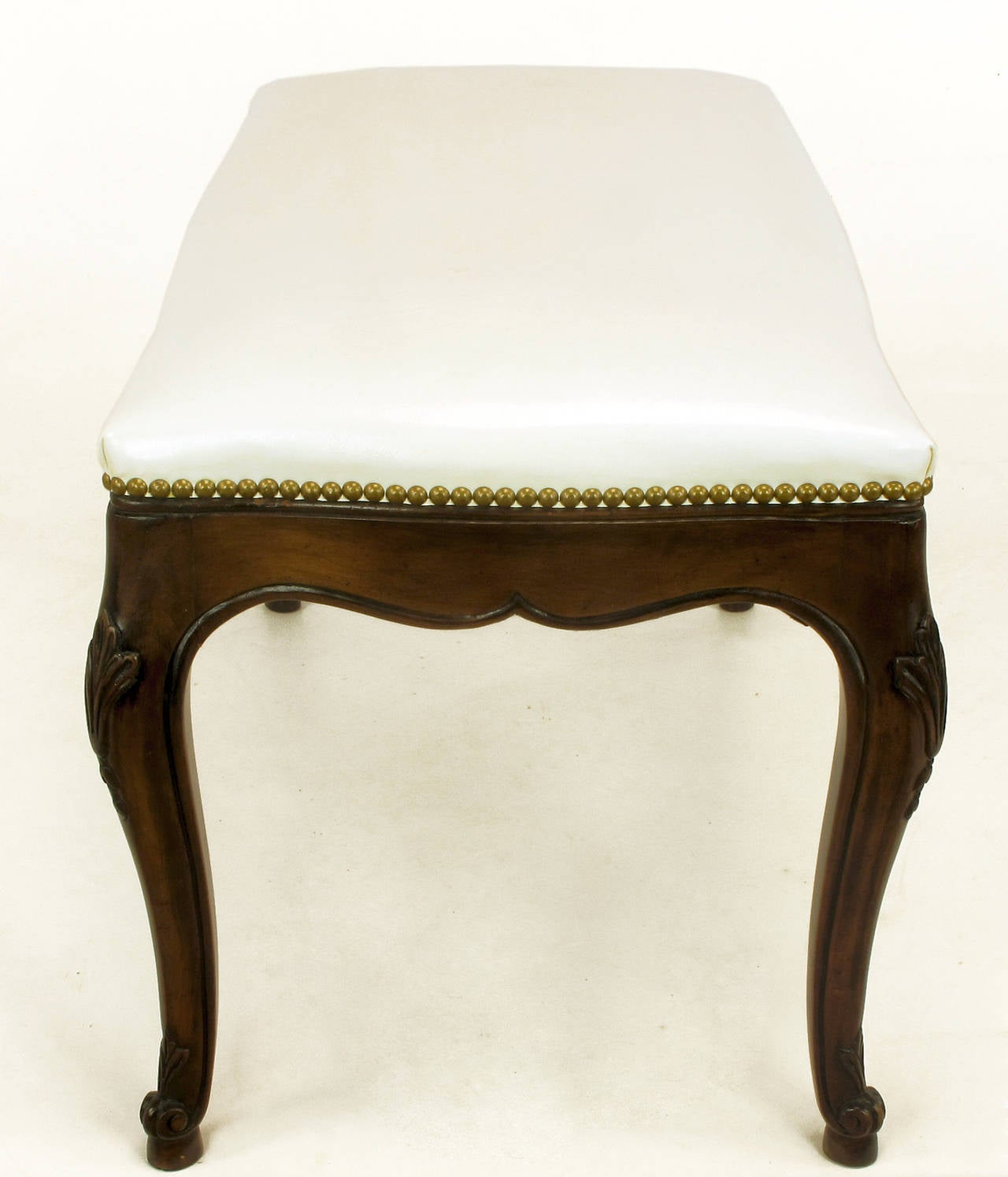 Louis XV Kindel French Regency Rich Walnut and White Leather Bench For Sale