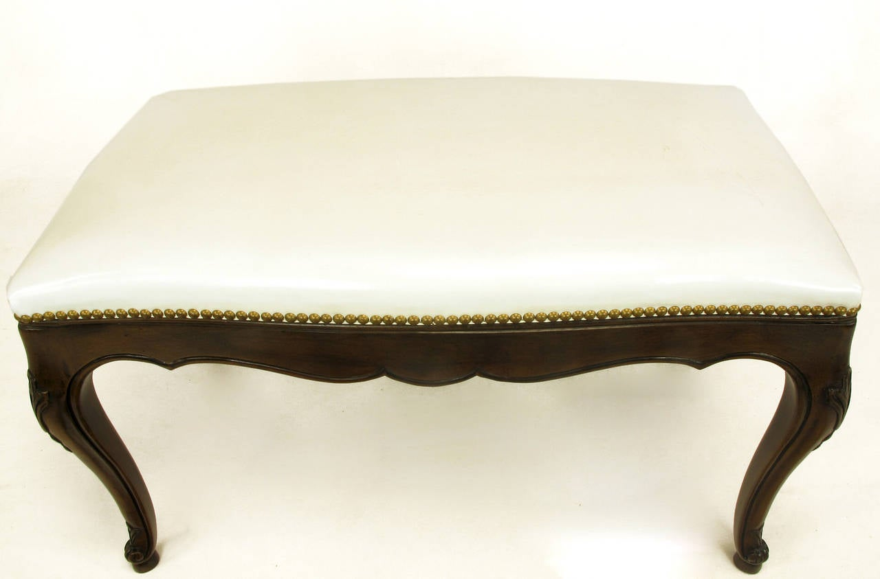 Kindel French Regency Rich Walnut and White Leather Bench In Excellent Condition For Sale In Chicago, IL