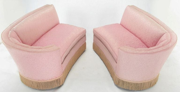 1940s Curved Sectional Sofa In Pink Damask Upholstery image 4