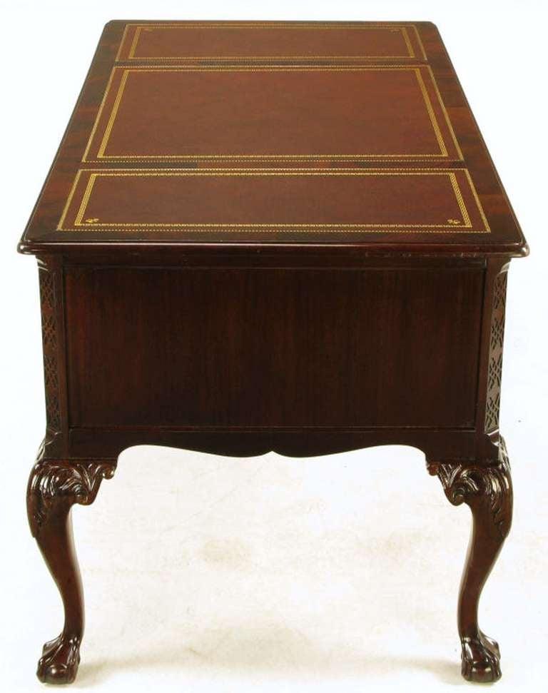 Sligh Flame Mahogany Tooled Leather Cabriole Leg Desk Image 4