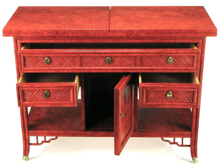 Glazed Cinnabar Flip-Top Chinoiserie Bar Cart/Server In Excellent Condition For Sale In Chicago, IL