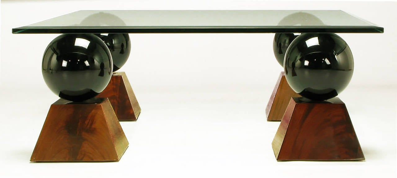 Late 20th Century Italian Coffee Table of Glass Top over Black Spheres on Mahogany Pyramids For Sale