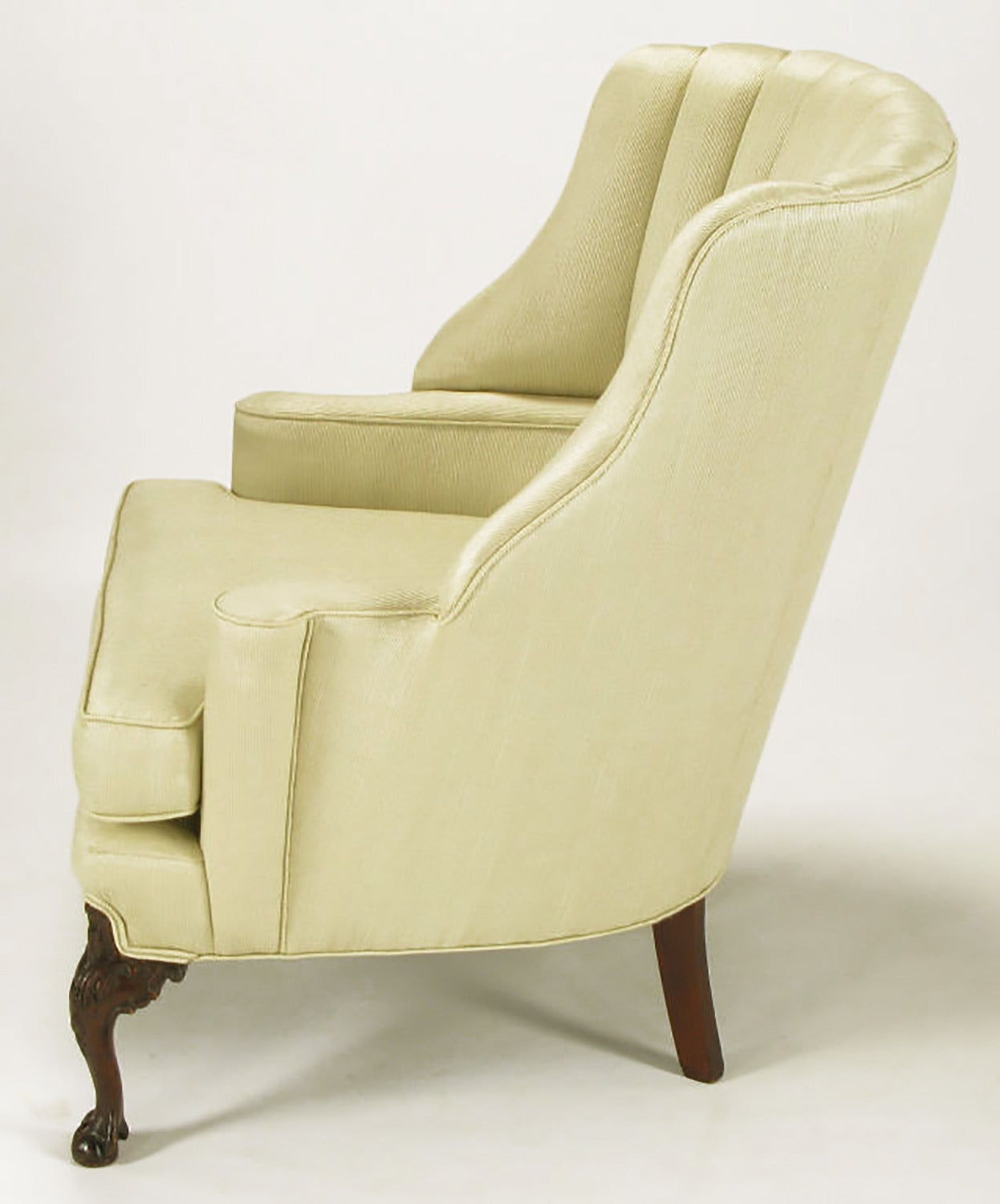 1930s Channel Back Claw Foot Georgian Wingback Chair In Excellent Condition For Sale In Chicago, IL