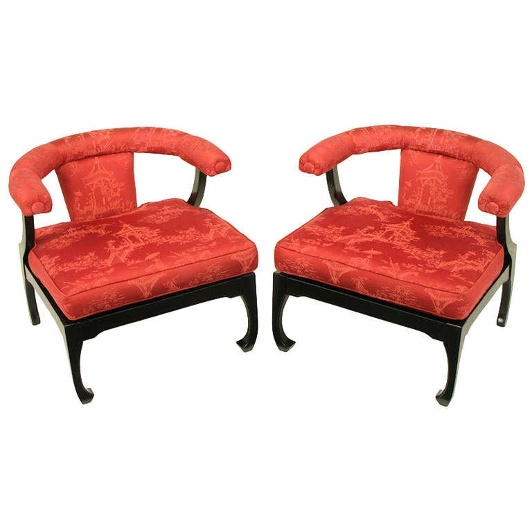 American Pair of Black Lacquer Ming Style Silk Upholstered Chinese Lounge Chairs For Sale