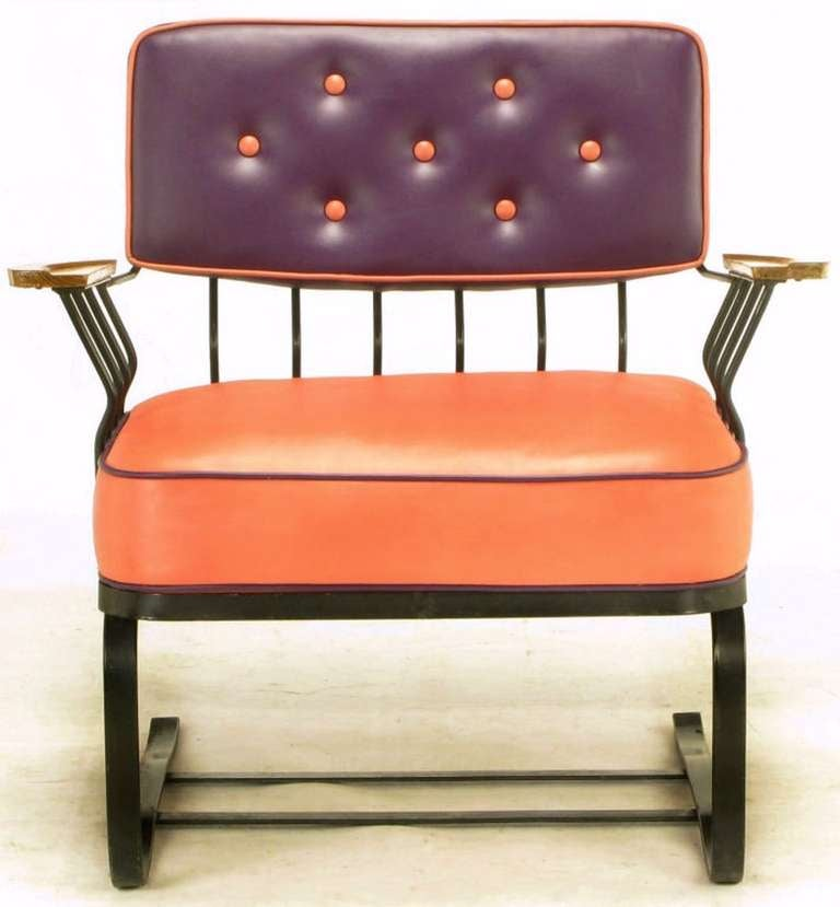 Mid-20th Century Pair of Woodard Cantilevered Wrought Iron Lounge Chairs For Sale