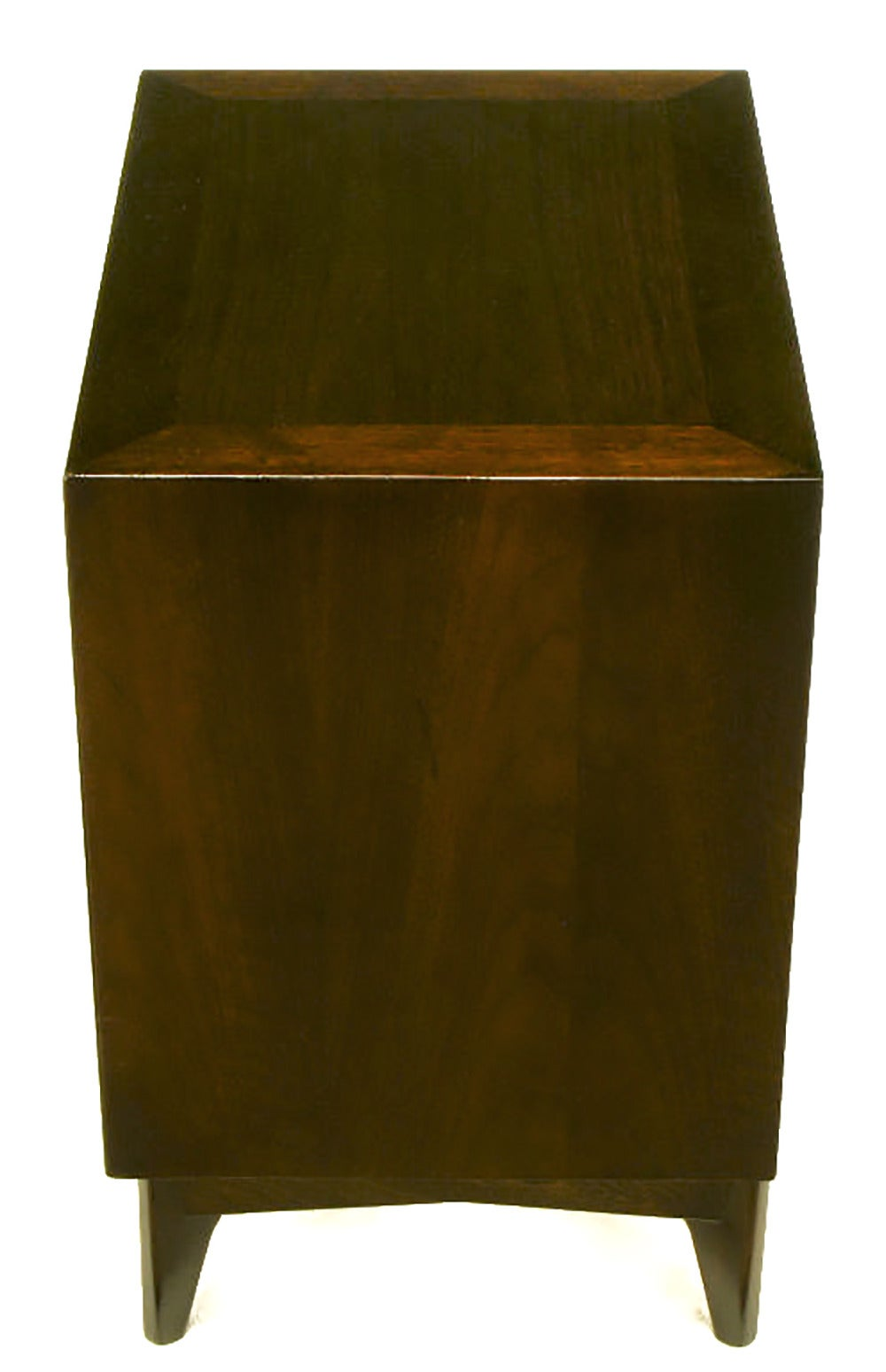 Pair of Red Lion Sleek 1950s Dark Walnut Nightstands In Excellent Condition For Sale In Chicago, IL