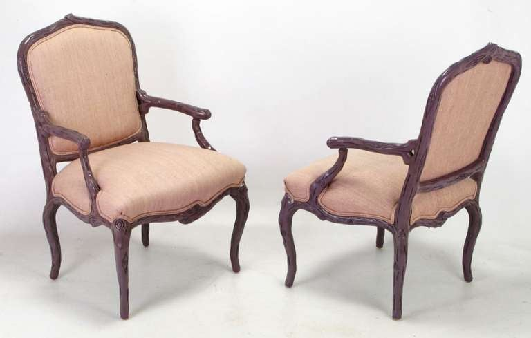 American Pair of Dark Lavender Faux Bois Armchairs and Ottoman in Puce Silk For Sale