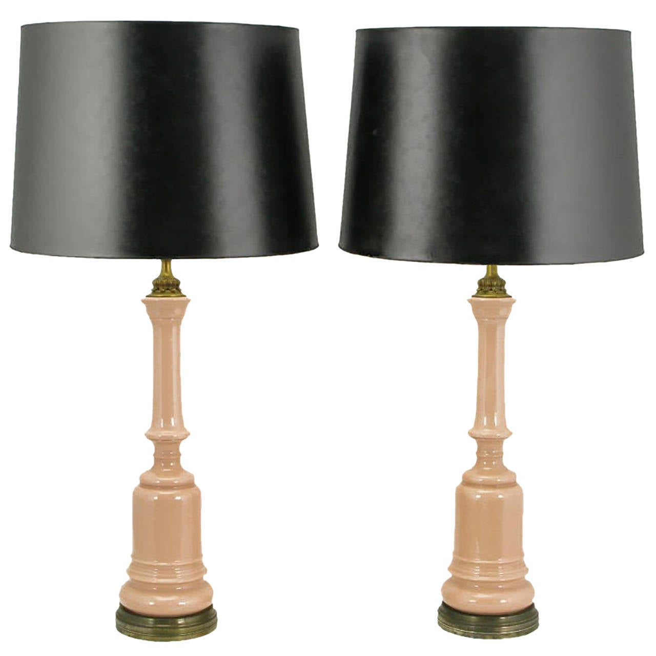 Pair of 1940s Pink Ceramic and Brass Baluster Form Table Lamps For Sale