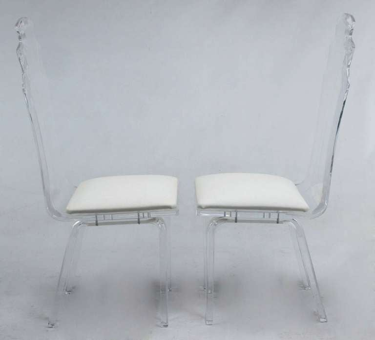 Six Deco Revival Lucite Dining Chairs In Excellent Condition For Sale In Chicago, IL