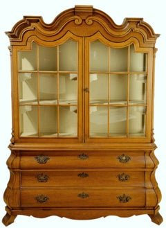 Dorothy Draper Viennese Collection Display Cabinet