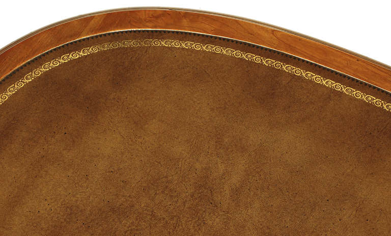 Sligh Walnut Curved Front Desk with Leather Top 9