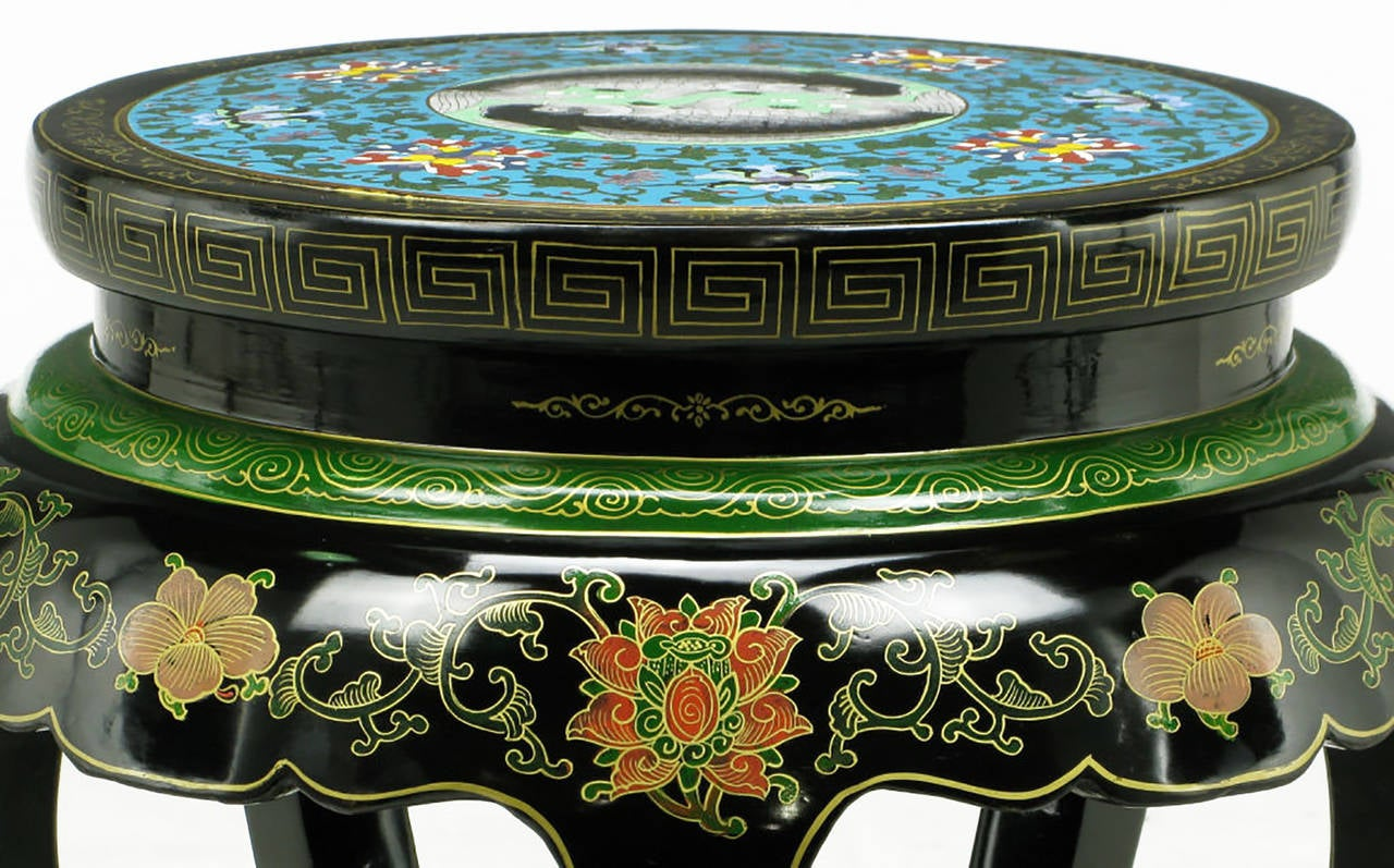 Polychrome Cloisonné and Black Lacquered Side Table In Excellent Condition For Sale In Chicago, IL
