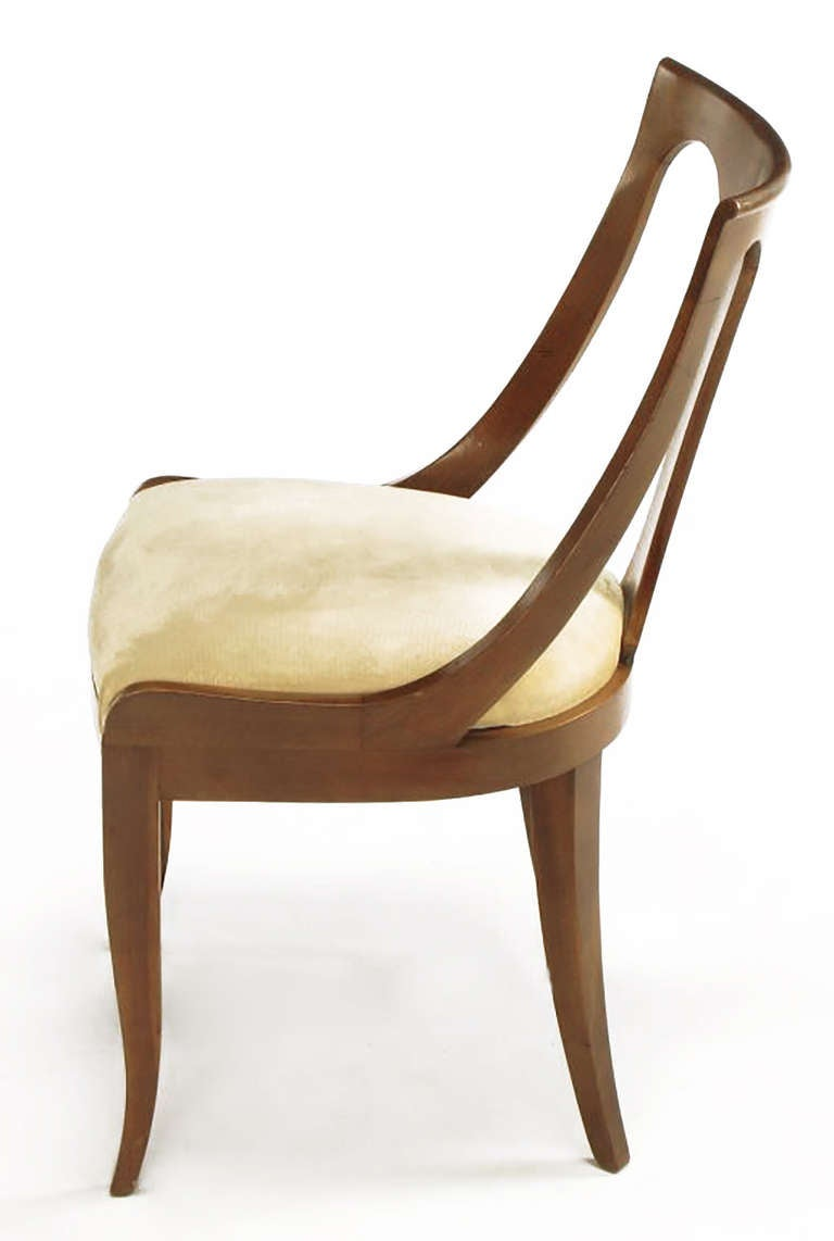 Four Kindel Walnut Regency Spoonback Dining Chairs In Good Condition For Sale In Chicago, IL