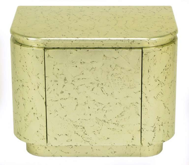 20th Century Pair of Champagne Gilt and Flecked Radius Edge Nightstands For Sale