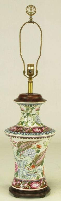 Pair Hand Painted Porcelain Chinoiserie Table Lamps image 3