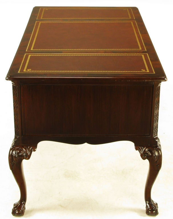 Sligh Mahogany And Tooled Leather Cabriole Leg Desk At 1stdibs