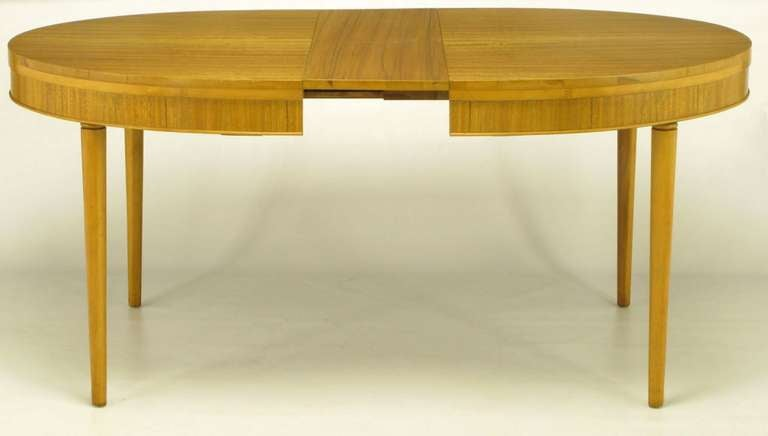 Primavera Mahogany Racetrack Oval Dining Table For Sale 1
