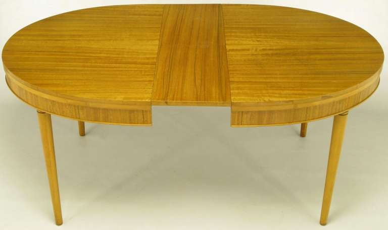 Mid-20th Century Primavera Mahogany Racetrack Oval Dining Table For Sale