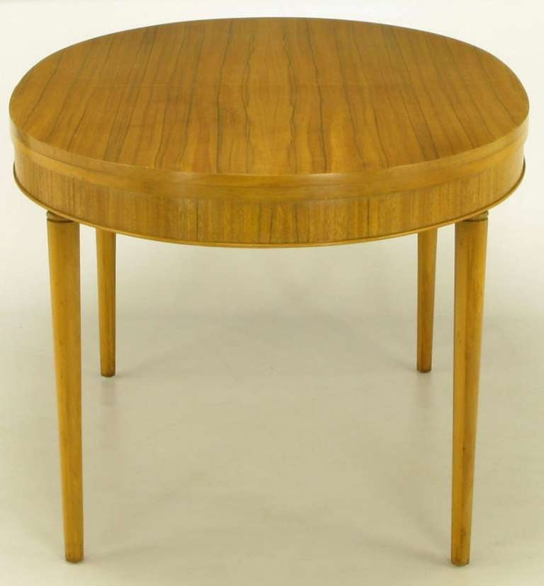 Primavera Mahogany Racetrack Oval Dining Table In Good Condition For Sale In Chicago, IL