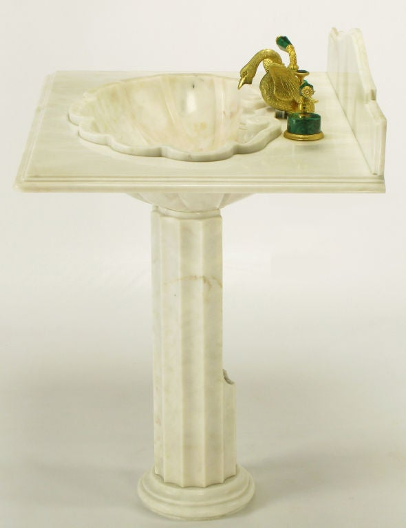Superb Mid 20th Century Vintage Sherle Wagner Marble Shell Pedestal Sink. For Sale