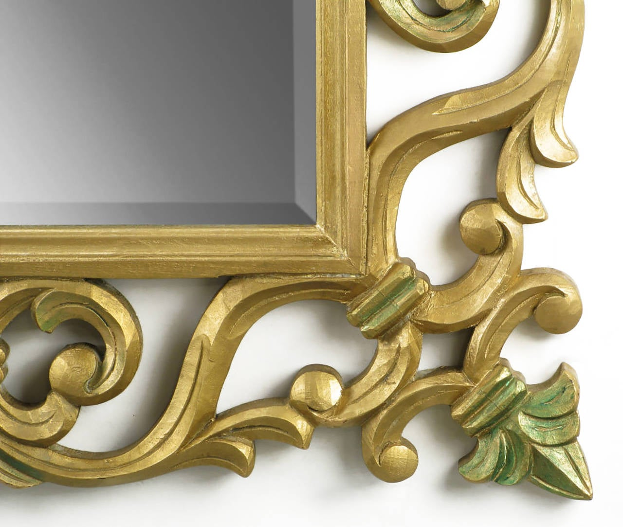 American Carved Giltwood Mirror With Fleur-de-Lis Detail For Sale