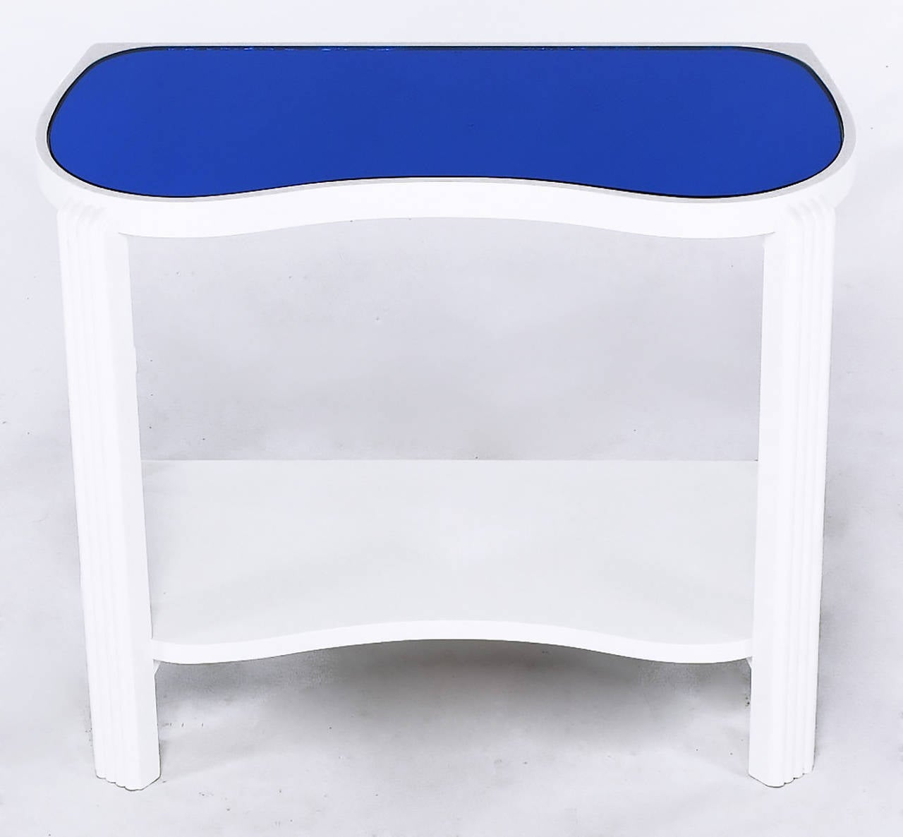 Lacquered Pair of 1930s Art Deco White Lacquer and Blue Mirror Side Tables For Sale