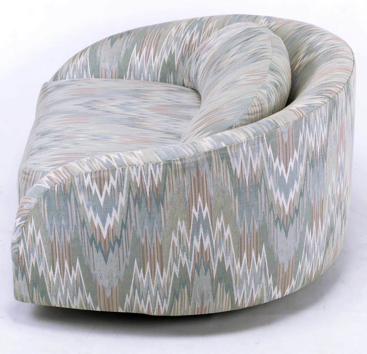 Adrian Pearsall Swiveling Club Chair in Original Flame Stitch Upholstery In Good Condition For Sale In Chicago, IL