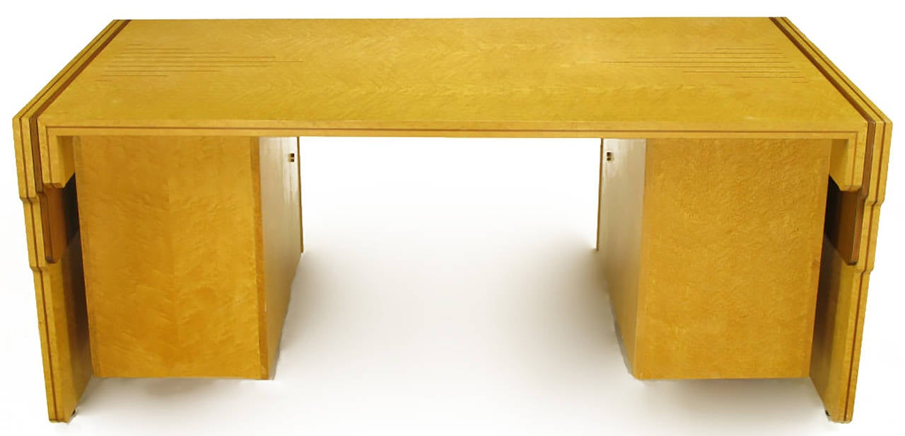 Pierre Paulin Bird's-Eye Maple and Walnut Inlay Executive Desk In Good Condition For Sale In Chicago, IL