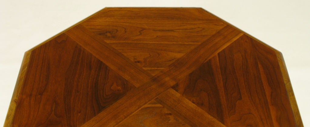 Octagonal Figured Walnut Parquetry Coffee Table In Good Condition For Sale In Chicago, IL