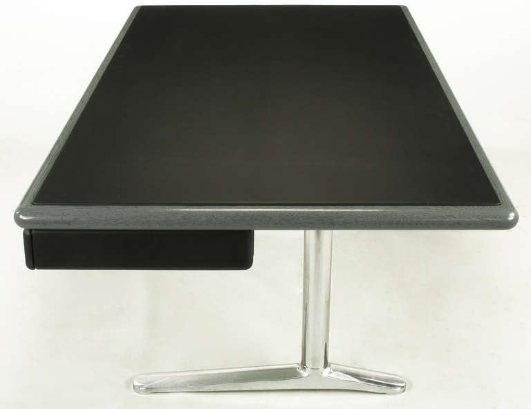 Warren Platner Steel Grey Cerused Oak & Black Leather Executive Desk In Excellent Condition For Sale In Chicago, IL
